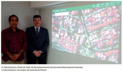 Edval Martins, Chefe do Setor de Recadastramento da SMF, e Cesar Barbiero, Secretário da Fazenda.