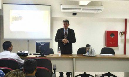 Secretário da Fazenda realiza palestra sobre Liderança