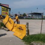 Prefeitura interdita estacionamento irregular