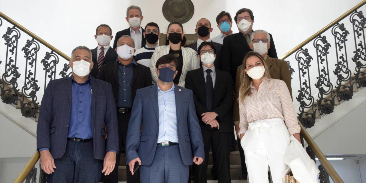 Novos membros do Conselho de Contribuintes tomam posse na Secretaria de Fazenda de Niterói
